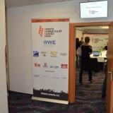 Tisková konference ADHR - vstup do sálu TK