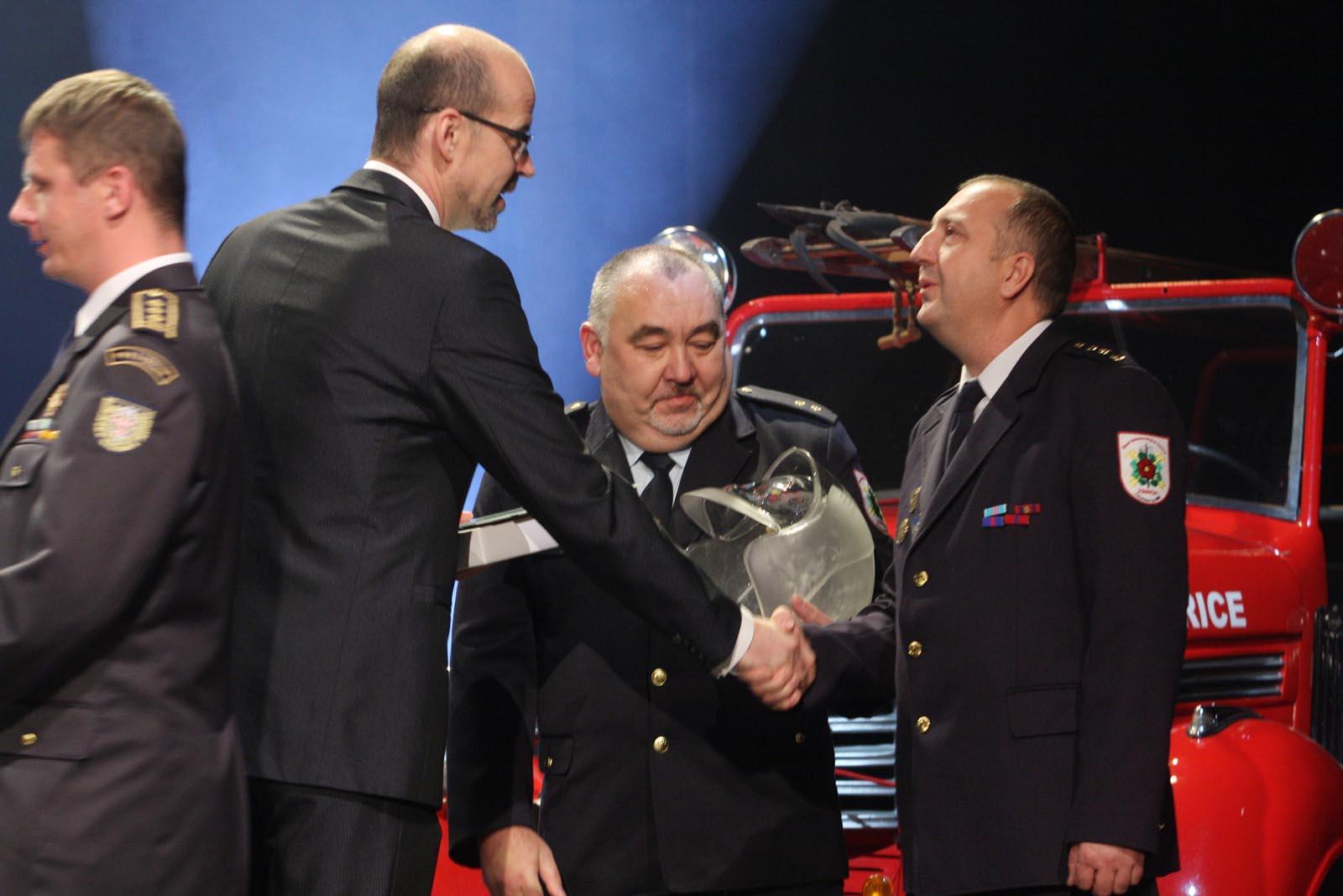 1.místo JSDH Zbiroh - vyhlášení výsledků ankety Dobrovolní hasiči roku 2014