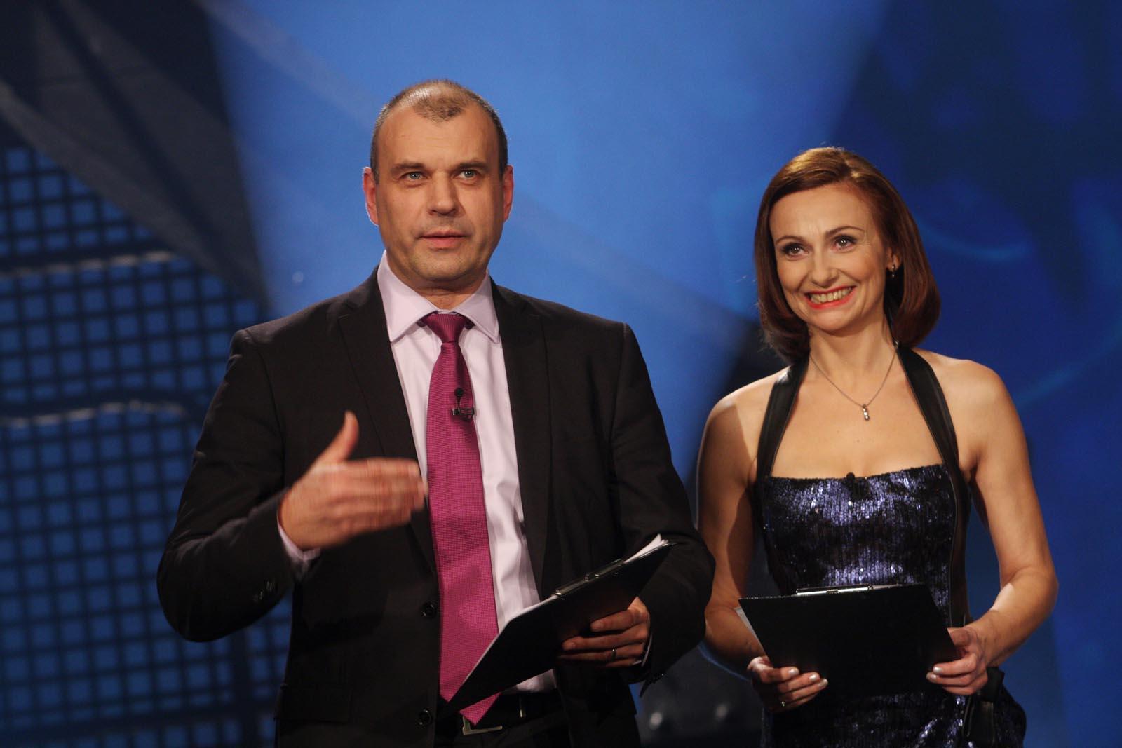 moderátoři Petr Rychlý a Jana Musilová - vyhlášení výsledků ankety Dobrovolní hasiči roku 2014