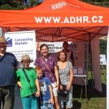 ADHR-roadshow-2015-Dny-hasicu-na-Pernstejne-rodina-u-stanku