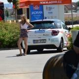 Roadshow ADHR - Svitavy - MS v PS juniorů a dorostu - slečna společně s vozidlem DS3